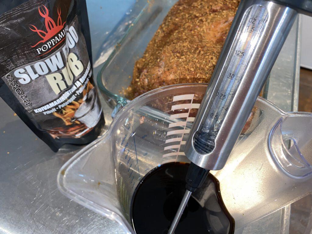 Poppamis Slow food rubia ylikypsää porsaan kassleria maustamaan