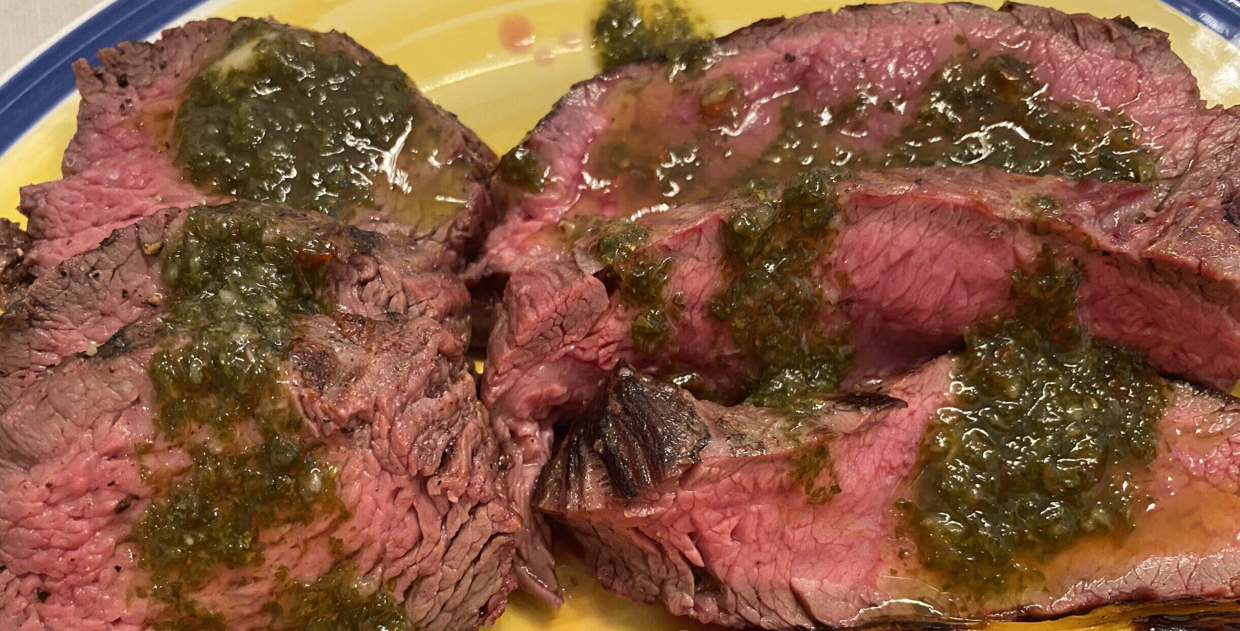 Petite tenderiä, flank steakiä, maminhaa, sisäpaistia ja paahtopaistia